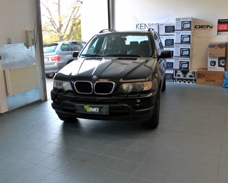 bmw x5 v m na p edn ch reproduktor a mont 2din. Black Bedroom Furniture Sets. Home Design Ideas